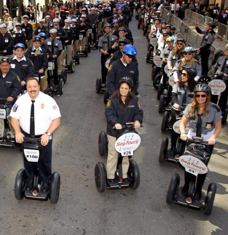 Actor Kevin James leads  over 100 on Segways to two Guinness World Book records making history