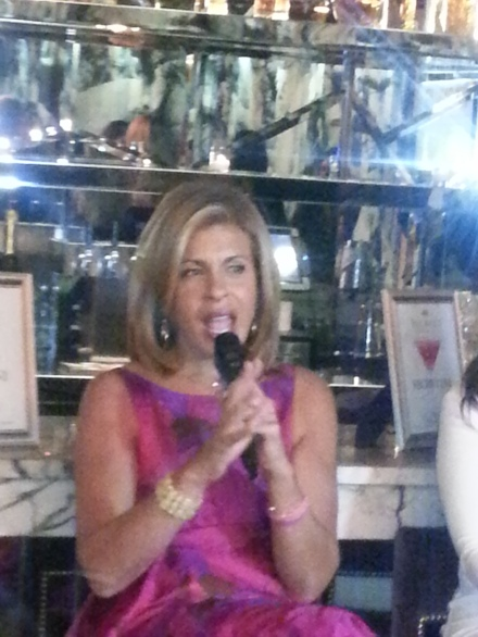 Hoda Kotb at the MOMS HodaMamarazzi