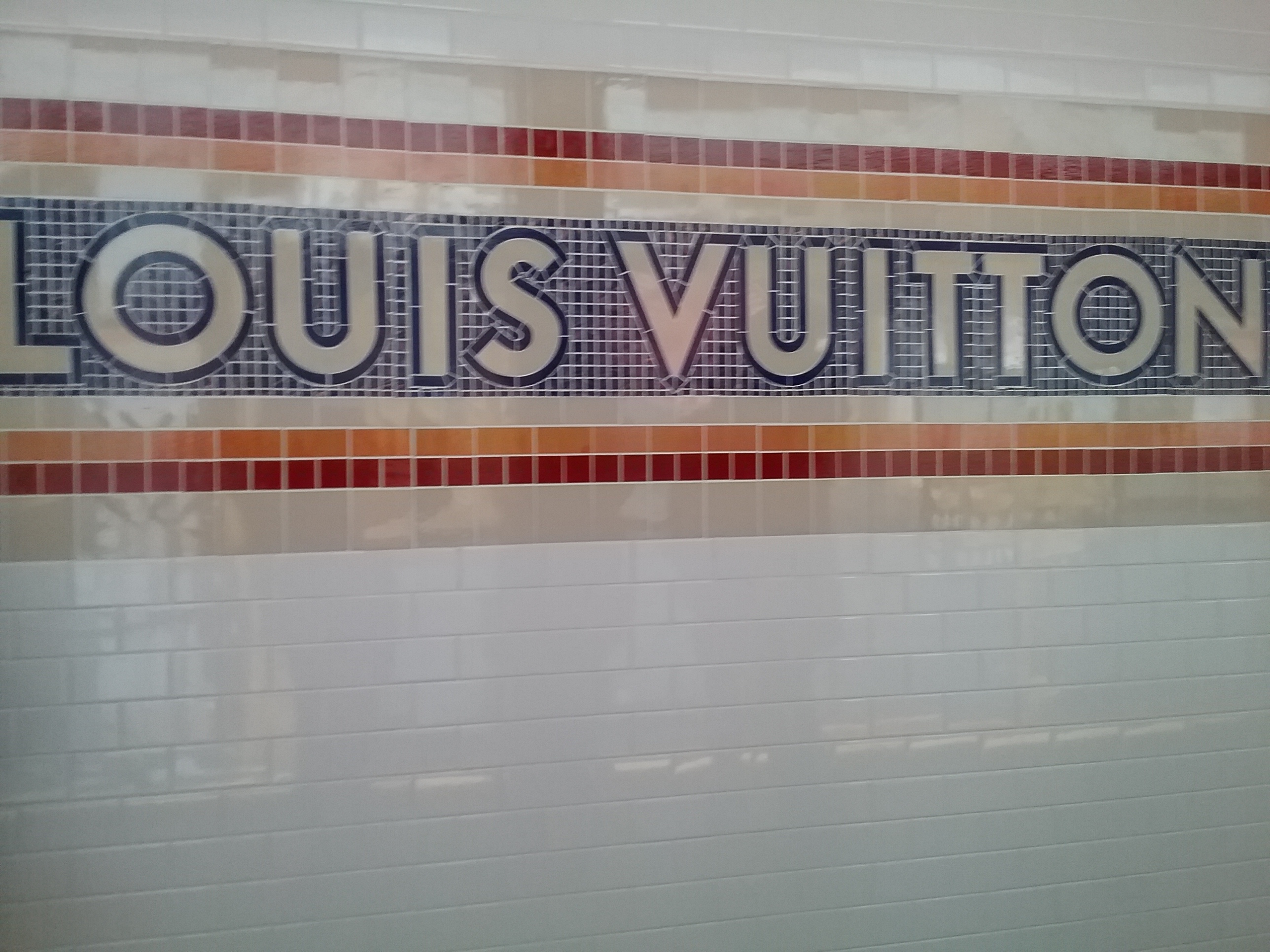 Louis Vuitton subway pic by @debrafrombrooklyn